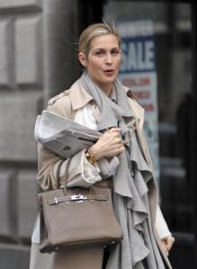 Kelly Rutherford has baby girl